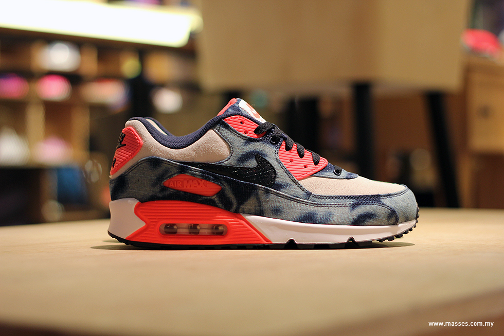 atmos x nike air max 90 qs bleached denim