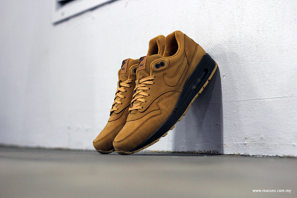 nike air max 1 wheat