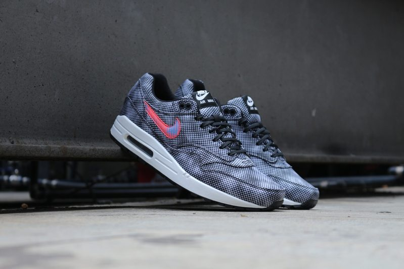 new product aef03 a3918 Nike Air Max 1 FB QS