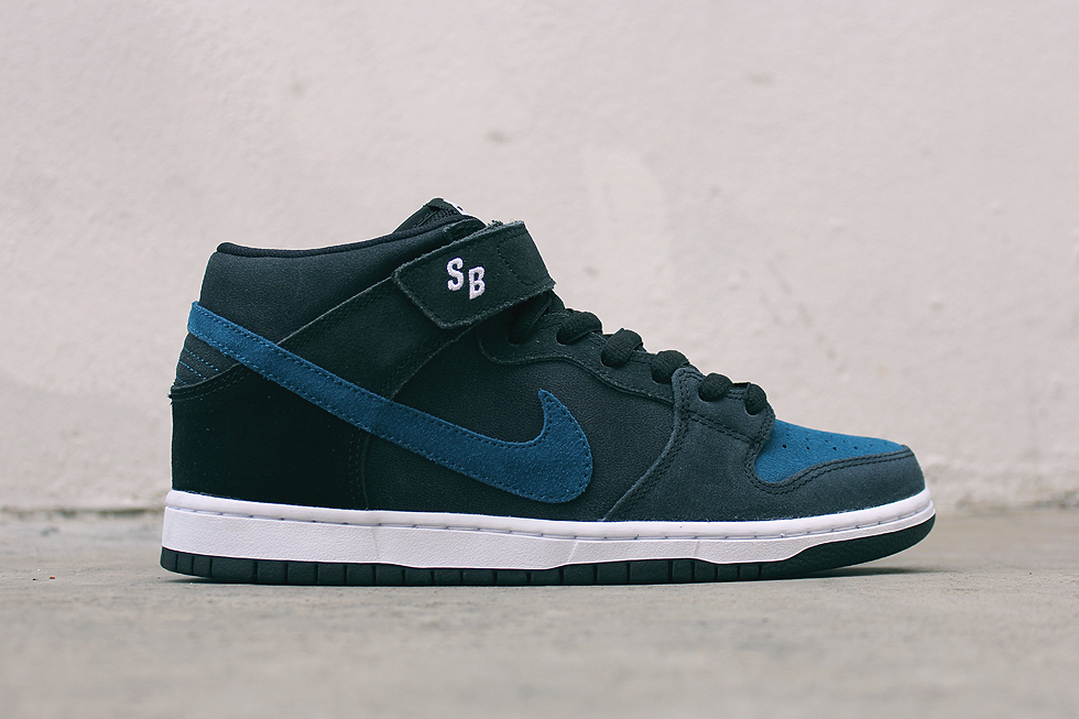 best service 4636c 0f899 cheapest nike sb dunk mid black blue force detailed look masses ba53f 9bf70
