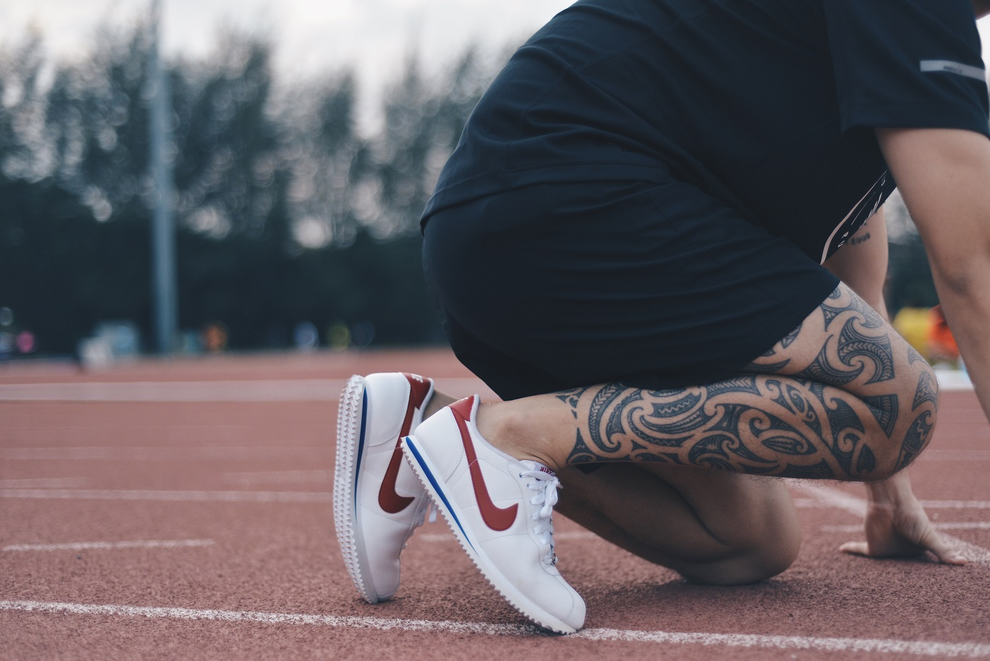 nike cortez joggers