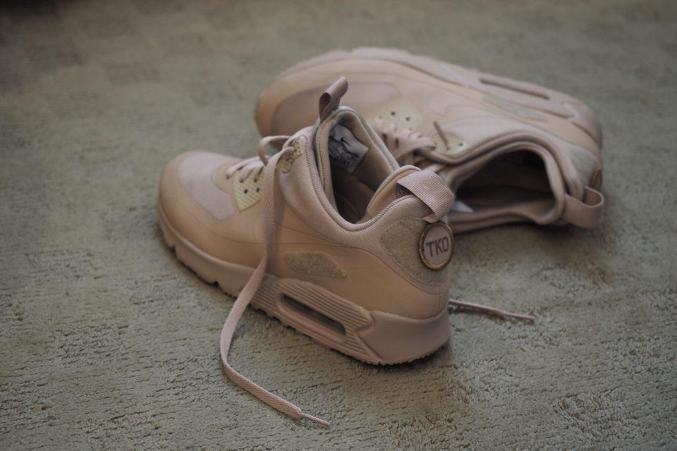 THIRDCULTURExMASSES Giveaway : Nike Air Max 90 Sneakerboot