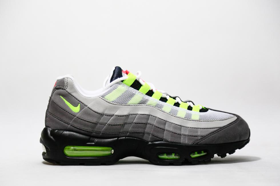d3c21f4ad81 Nike Air Max 95
