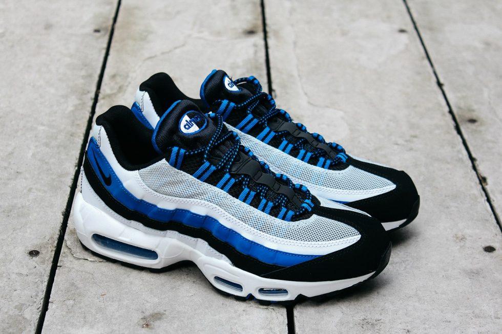 air max bianche e azzurre