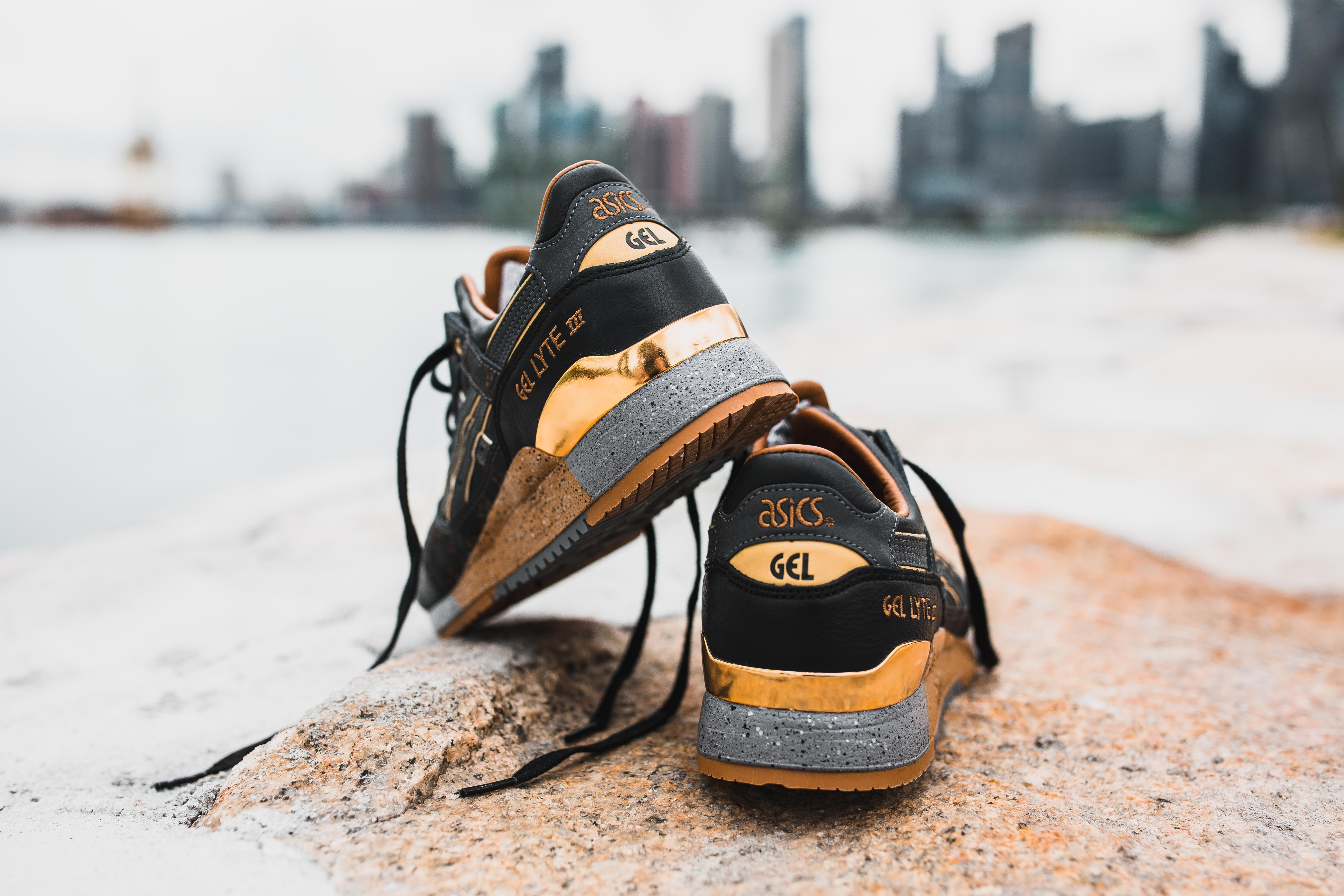 6661eb46723b0 LIMITED EDT X ASICS GEL-LYTE VANDA PACK - MASSES