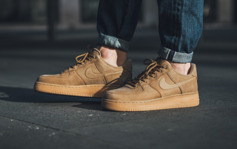 the best attitude e2931 bc95a Nike Air Force 1 LV8 Fall Makeover In  Flax  - MASSES