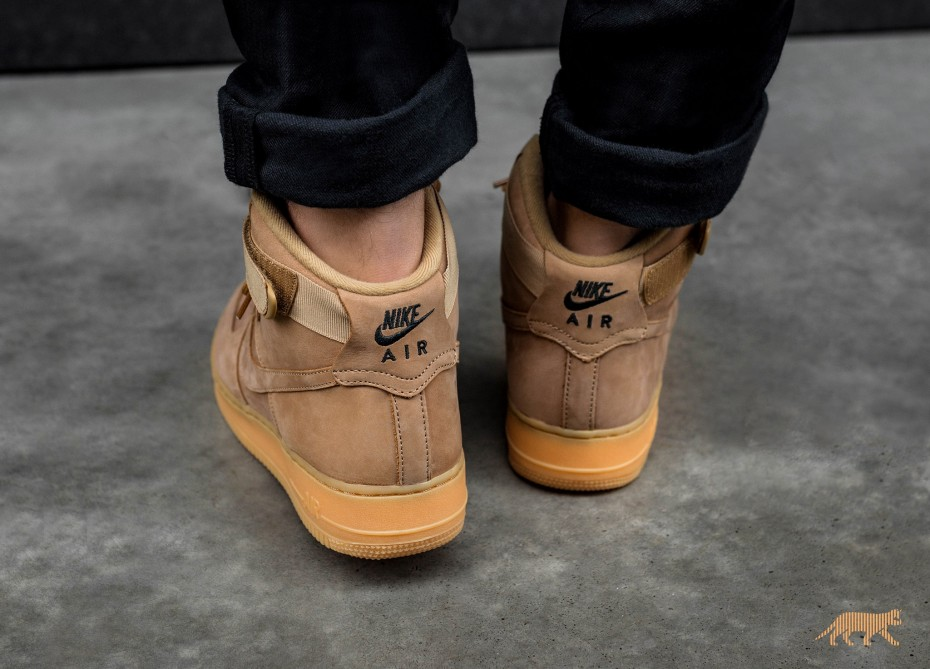 first rate e49b6 f7c48 ... Light Nike Air Force 1 LV8 Fall Makeover In Flax - MASSES ...