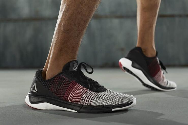 f54d2fcf049 Flex Reebok  Fast Flexweave With The Release Of The New Figure-8 Weave  Technology - MASSES