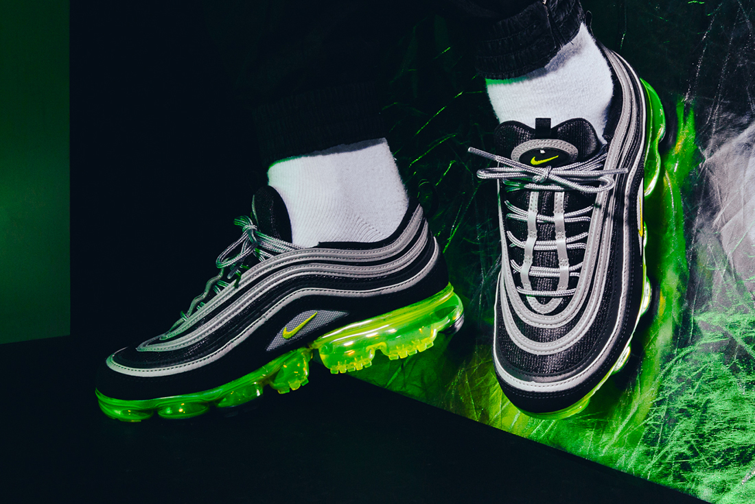 reputable site 70a22 228bc When Past Meets Future, Nike Releases The Nike Vapormax 97 ...